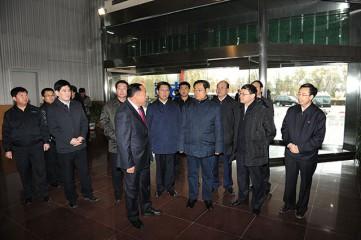 省委书记王儒林在古城乳业调研